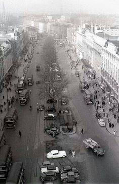 O'Connell Street, Dublin, View from Nelson's pillar. Ireland Pictures, Old Pictures, Old Photos, Vintage Photos, Dublin Street, Dublin City, Dublin Ireland, Ireland Travel, Castles In England