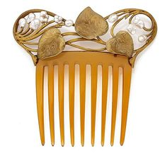Horn Art Nouveau comb with mountings of gold and baroque pearls