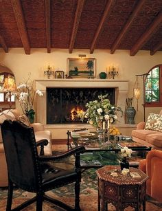 Tour Candice Bergen's Spanish-Style Residence in California Photos | Architectural Digest