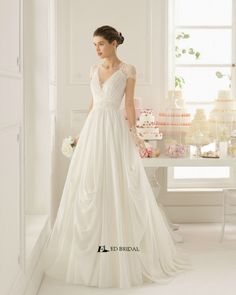 2015 New Collection Ball Gown Cap Sleeve Lace Appliqued Pleated Arabic Wedding Dress