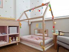 """La cameretta del bambino tra 0 e 6 mesi secondo Montessori Essendo consapevole dell'importanza della cameretta per i bambini appena nati (""""ventre..."""