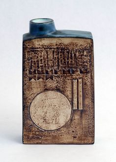 slab flask from the Troika Pottery, Cornwall, 1969