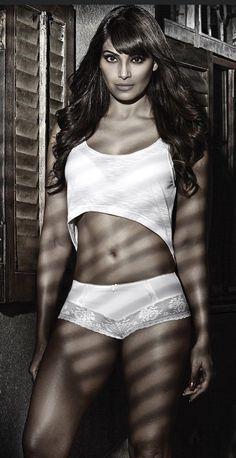 Indian Celebrities, Film Industry, Indian Actresses, Bikinis, Swimwear, Diva, Bollywood, Wonder Woman, Superhero