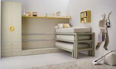 3 lits superposés glissables sur rails dans la chambre 3 enfants