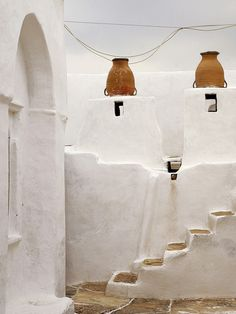 The soft corners of this well-loved architecture make every nook and cranny feel so inviting. Sifnos ~ Greece ~ Cyclades