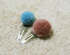 Yarn Pom Pom Hair snap