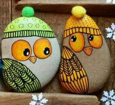 Stone Art Painting, Rock Painting Designs, Painted Pavers, Painted Rocks, Rock Crafts, Arts And Crafts, Art Folder, Rock Art, Projects To Try