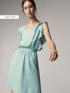 Women´s New In at Massimo Dutti online. Enter now and view our Spring summer 2017 New In collection. Opal Color, Sleep Dress, Jumpsuit Dress, Winter Collection, Pretty Outfits, Lace Detail, Ruffles, Lace Dress, Cold Shoulder Dress