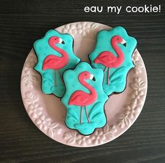 Splashy Flamingo cookies