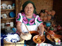 Michoacán es un estado que cuenta con habitantes hospitalarios, cuida de sus tradiciones, leyendas, cultura y costumbres que están expresadas en sus música, danza, artesanía con productos de tiempos prehispánicos, gastronomía y de un gran valor patriótico. En esta Semana Santa ven a conocer Michoacán.
