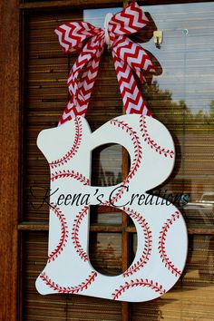 12 inch Baseball Theme Wooden Letter Door by keenascreations Baseball Letters, Baseball Wreaths, Baseball Crafts, Diy Letters, Letter A Crafts, Painted Letters, Wood Letters, Letter Door Hangers, Wooden Door Hangers