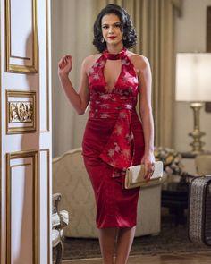 Os looks mais marcantes de Beatriz, a personagem de Bruna Marquezine em 'Nada Será Como Antes'