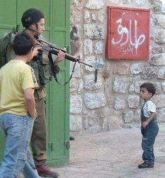 Niños en guerra. Infancia truncada.