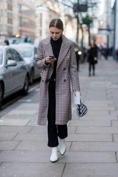 The Latest Street Style From London Fashion Week via @WhoWhatWearAU