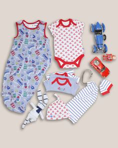 loving the cute cars with these baby boys clothes