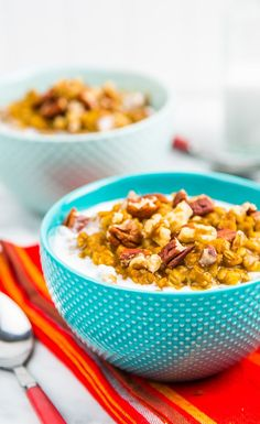 Overnight Pumpkin Pie Slow Cooker Oatmeal: Put your kitchen to work while you sleep. When you awake there will be warm, nourishing pumpkin spice oatmeal waiting for you!