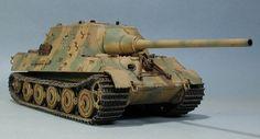 Sd.Kfz.186 Tiger Ausf. B Jagdtiger Heavy Tank Destroyer (Germany)