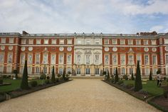 Hampton Court Palace # Palaces of the world