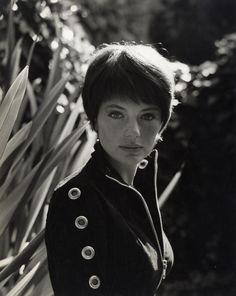 Jacqueline Bisset, 1965.