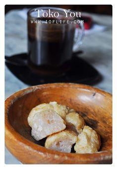 bakso goreng Toko You Bandung..one of my favorite food