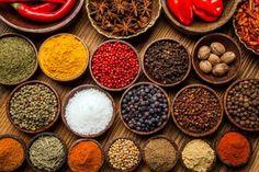 Los condimentos son fundamentales para crear el sabor y aroma a nuestros platos, tal como lo deseamos y a nuestro gusto, por eso su conservación es fundamental para que guarde todas sus propiedades.