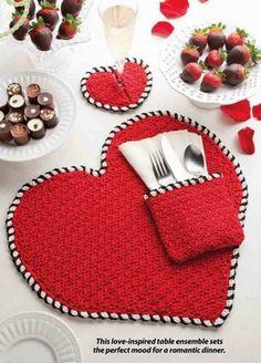W306 Crochet PATTERN ONLY Heart Shape Place Mat Napkin Holder Coaster