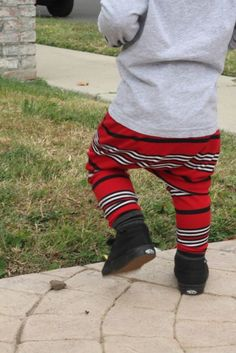 So stinkin' cute!! Baby Boy Baby Girl Red Black and White Striped by MEandREEKIE