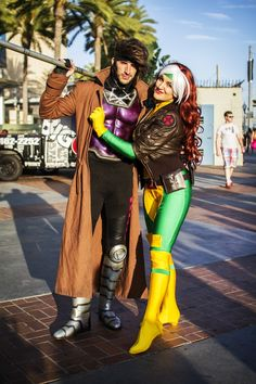 Hallowen Costume Couples San Diego Comic-Con (SDCC) 2014 Cosplay in Pictures: Part I [Photo Gallery] Gambit Cosplay, Rogue Cosplay, Epic Cosplay, Male Cosplay, Amazing Cosplay, Cosplay Ideas, Couples Cosplay, Best Couples Costumes, Cosplay Outfits