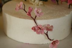 Tutorial-- Spring Gumpaste Flowers for cake decorating.. $8.00, via Etsy.