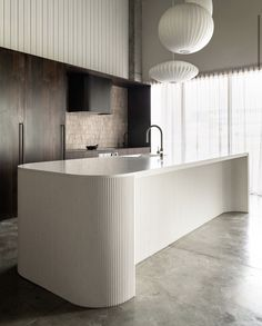 Simple American Kitchen: 60 Ideas, Photos and Designs - Home Fashion Trend Architecture Life, Interior Architecture, Luxury Interior, Kitchen Showroom, Island Bench, Elegant Kitchens, Cuisines Design, Interior Design Kitchen, Scandinavian Design