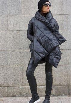 WINTER EXTRA WARM EXTRAVAGANT BLACK HOODED COAT B07550