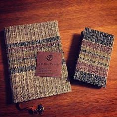 ブックカバーと名刺入れ のギフトセット Bespoke bookcover and cardcase giftset #haruenishikawa #textilecocoon #西川はるえ