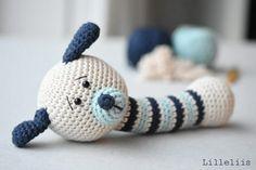 Free amigurumi pattern for beginners. Funny Bunny gives a nice overview of amigurumi basics – single crochet, increasing and decreasing. Crochet Gratis, Crochet Patterns Amigurumi, Amigurumi Doll, Crochet Yarn, Free Crochet, Dog Crochet, Crochet Handles, Crochet Baby Toys, Amigurumi Tutorial