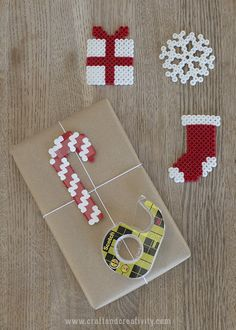Christmas gift wrap inspiration - by Craft & Creativity (sponsored by Scotch tape) Home Crafts, Easy Crafts, Crafts For Kids, Fuse Beads, Perler Beads, Christmas Gift Wrapping, Christmas Gifts, Scottish Gifts, All Things Christmas