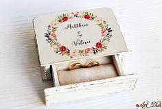 Benchmark Yellow Slightly Traditional Wedding – Fine Weddings Custom Wedding Rings, Wedding Ring Box, Unique Wedding Gifts, Wedding Boxes, Boho Wedding, Floral Wedding, Wedding Engagement, Wedding Ceremony, Wedding Ideas