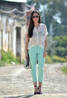 Mint  , Primark en Pantalones, Primark en Camisas / Blusas, Bimba & Lola en Bolsos, Zara en Tacones / Plataformas
