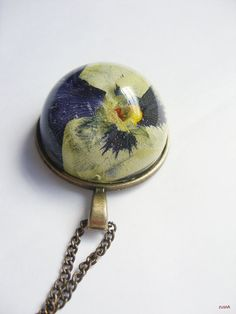 Retro necklace with real pansy in resin by zusnA on Etsy