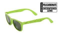 Slokker Sunglass 080. Occhiale per lo sport e tempo libero realizzato in plastica iniettata. proposto in sei varianti colore è un prodotto giovane e vivae. Le lenti sono realizzate in policarbonato a geometria decentrata.
