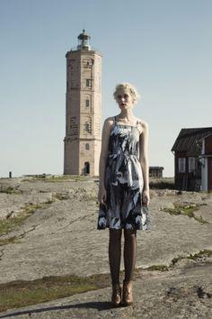 Tiuhti dress. Shop: http://shop.ivanahelsinki.com/collections/moomin-by-ivana-helsinki/products/tiuhti