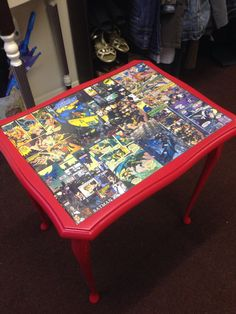 Dc comic table.