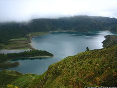 Lagoa Do Fogo Is The Hike You Must Add To Your Bucket List - via Huffington Post 07.08.2014   São Miguel Island, Azores, Portugal has no shortage of gorgeous natural scenery. But Lagoa do Fogo might take the cake for the most stunning spot around.