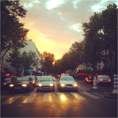 Avenue de clichy at sunset