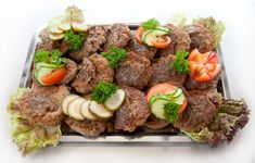 Bilderesultat for koldtbord bilder Cool Countries, Pot Roast, Buffet, Food And Drink, Tapas, Beef, Homemade, Dinner, Ethnic Recipes