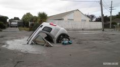 NZ, Christchurch earthquake, Feb and the quakes are still happening. New Zealand Earthquake, Earthquake And Tsunami, Civil Engineering Construction, Christchurch New Zealand, Marshall Islands, South Island, Cook Islands, Natural Disasters
