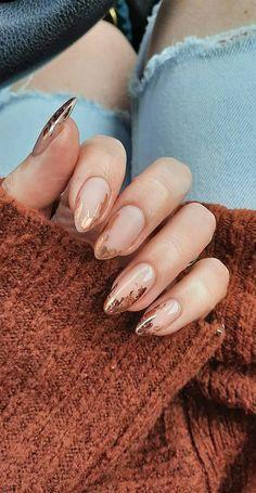 Oval Nails, Pink Nails, Oval Nail Art, Gold Nail Art, Gold Nails, Stylish Nails, Trendy Nails, Casual Nails, November Nails