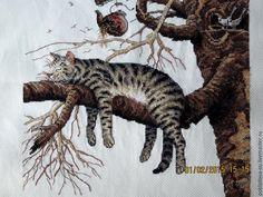 Купить Вышитая картина Слишком устал - коричневый, белый, серый, коты, кот в подарок, котики