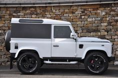 Click here to view larger image 4 of this Land Rover Defender