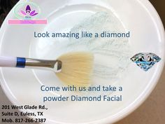 Taking a powder diamond mask helps you to hidratate, purify and regenerate your face skin.