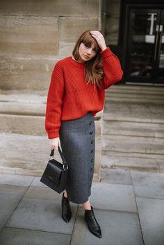 0e97474797 THE POWER OF A RED JUMPER Ladies Fashion, Fall Fashion, Autumn Winter  Fashion,
