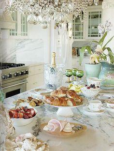 Paris Hotel Boutique Journal: Sneak Peek: The Vintage Table